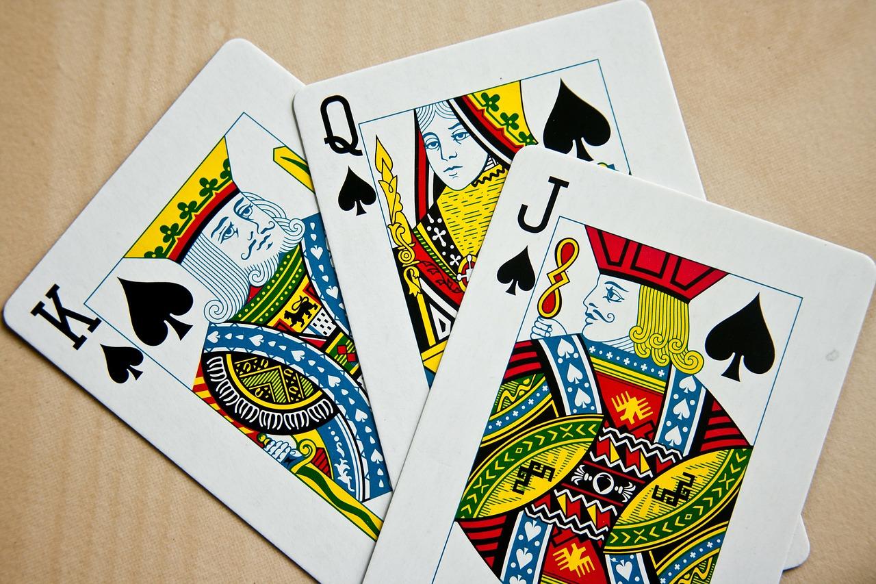 В-Европе-придумали-гендерно-нейтральные-игральные-карты