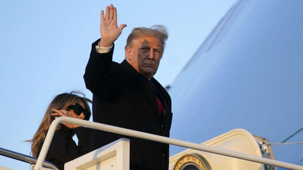 world-–-trump-leaves-white-house-for-final-time-ahead-of-biden-inauguration