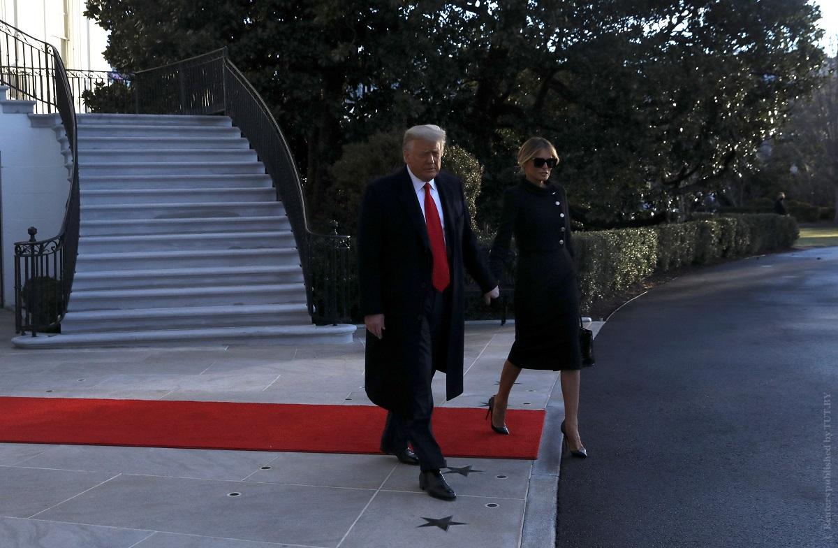 Дональд-Трамп-покинул-Белый-дом.-Он-улетел-на-вертолете