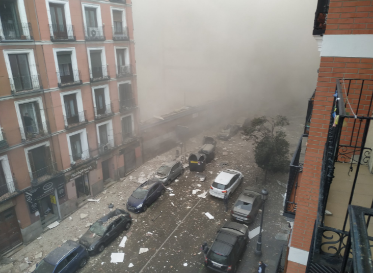 a-powerful-explosion-rocks-a-building-in-the-center-of-the-spanish-capital,-madrid