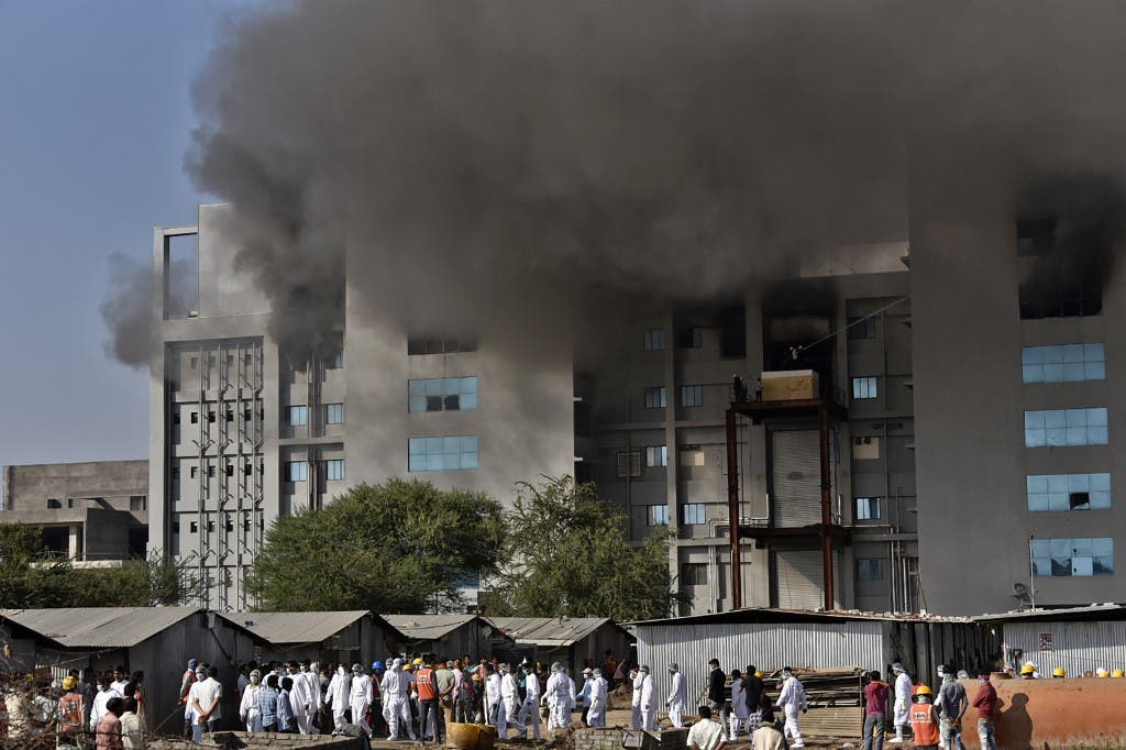 india:-5-dead-in-a-fire-at-the-world's-largest-vaccine-factory