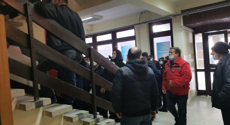 serbian-media:-hundreds-of-albanians-&-amp;-euml;-po-vijn-&-amp;-euml;-to-be-vaccinated-in-&-amp;-euml;-serbia