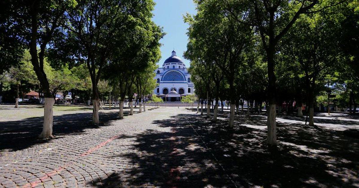 paraguay-cerro-acuerdos-con-dos-farmaceuticas-para-comprar-3-mlns-dosis-de-vacunas:-ministro