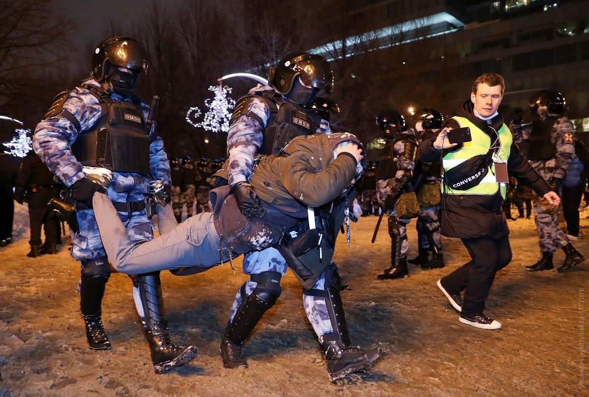 «Леха,-выходи».-В-России-на-акциях-в-поддержку-Навального-рекордное-число-задержаний-за-10-лет