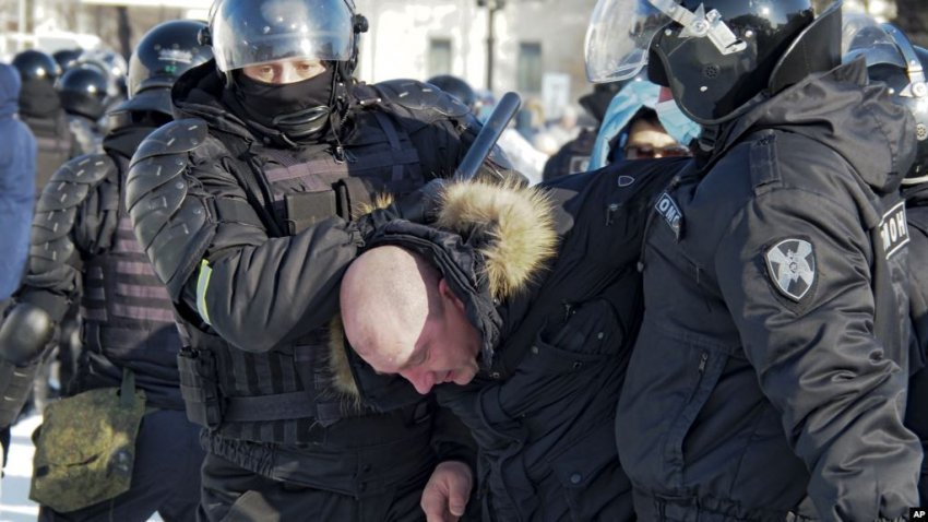 'tubimi-m-&-amp;-euml;-big-against-&-amp;-euml;-r-putin-'/-arrested-over-2-thousand-&-amp;-euml;-protesters-n-&-amp;-euml;-mb-&-amp;-euml;-state-of-&-amp;-euml;-navalny