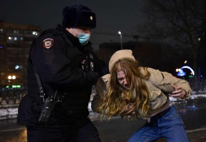 mas-de-3.300-detenidos-en-rusia-por-manifestaciones-pro-navalni