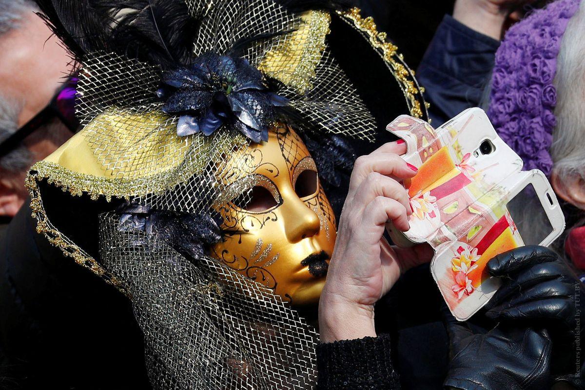 Карнавал-в-Венеции-сократят-и-проведут-онлайн