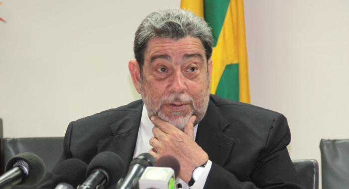 regional:-gonsalves-admits-his-govt-should-have-stopped-international-flights