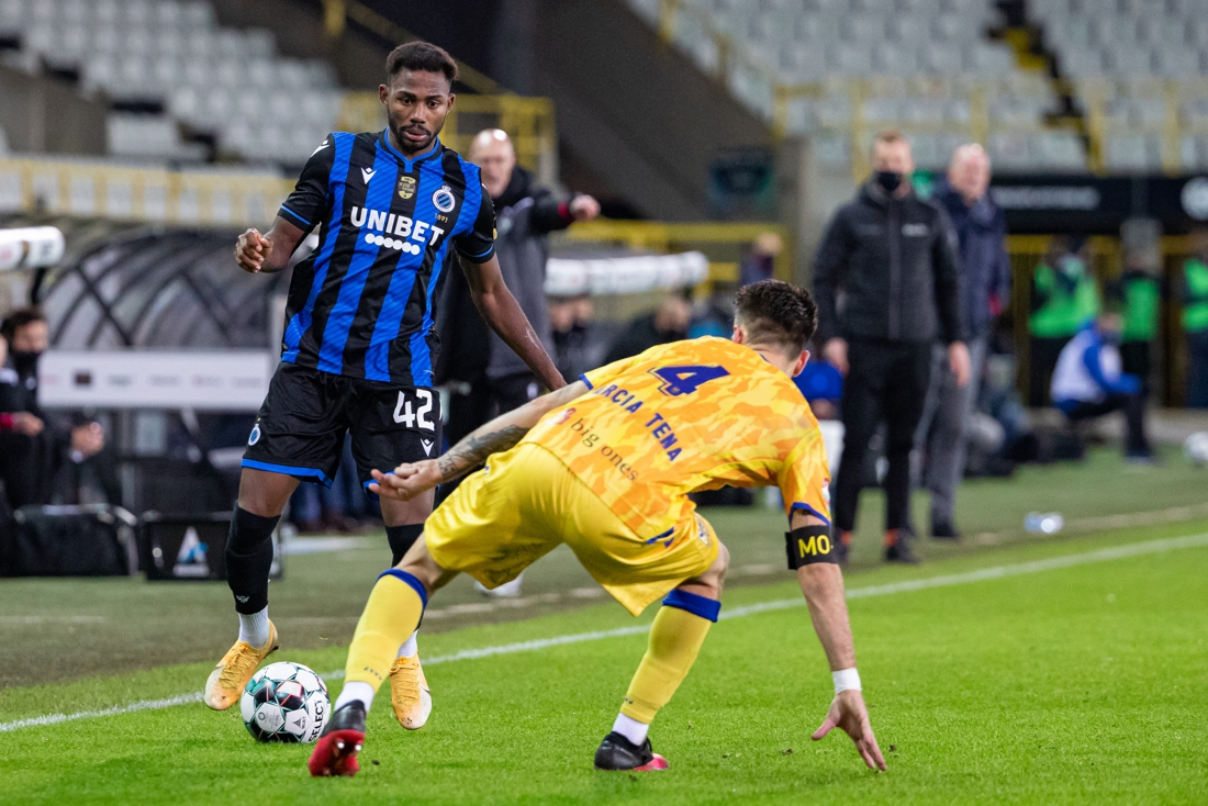 club-brugge-almost-got-rid-of-emmanuel-dennis!-the-attacker-takes-medical-tests-at-bundesligaclub-cologne-that-wants-to-hire-him