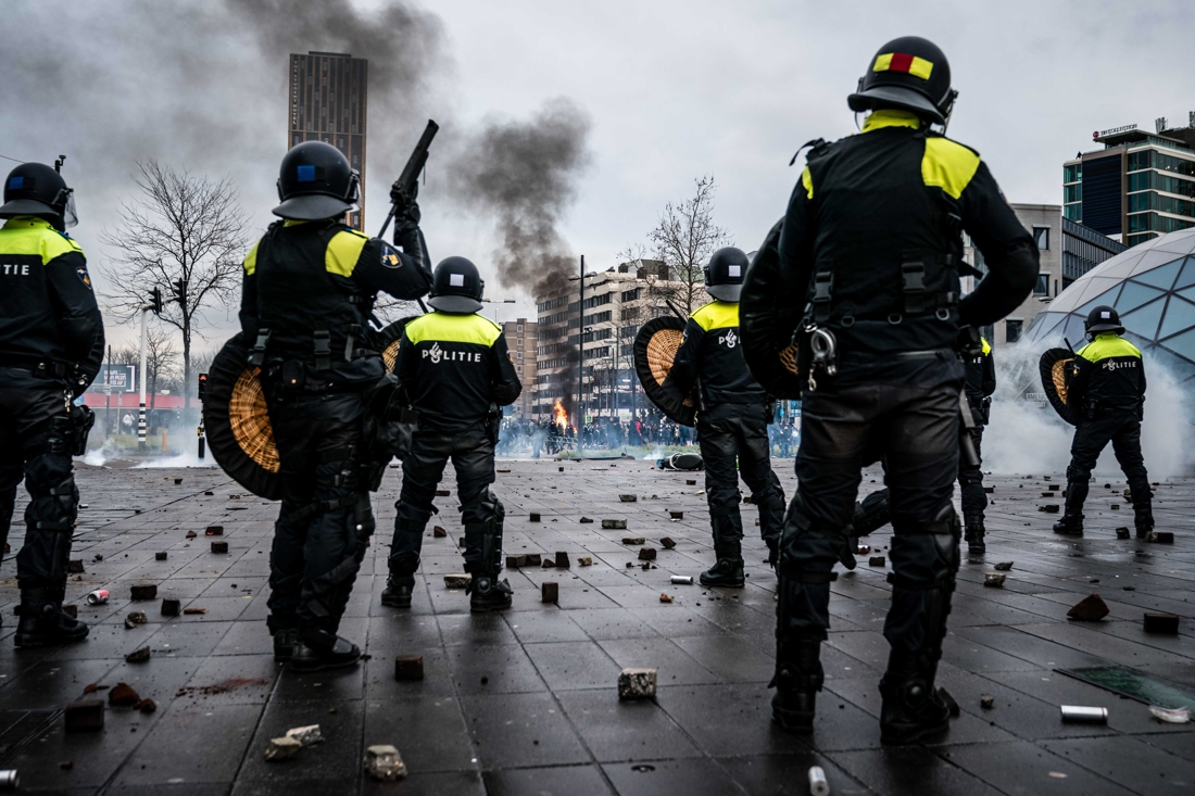 """why-several-nights-in-a-row-riots-break-out-in-the-netherlands-against-curfew:-""""they-call-this-'going-for-coffee'"""""""