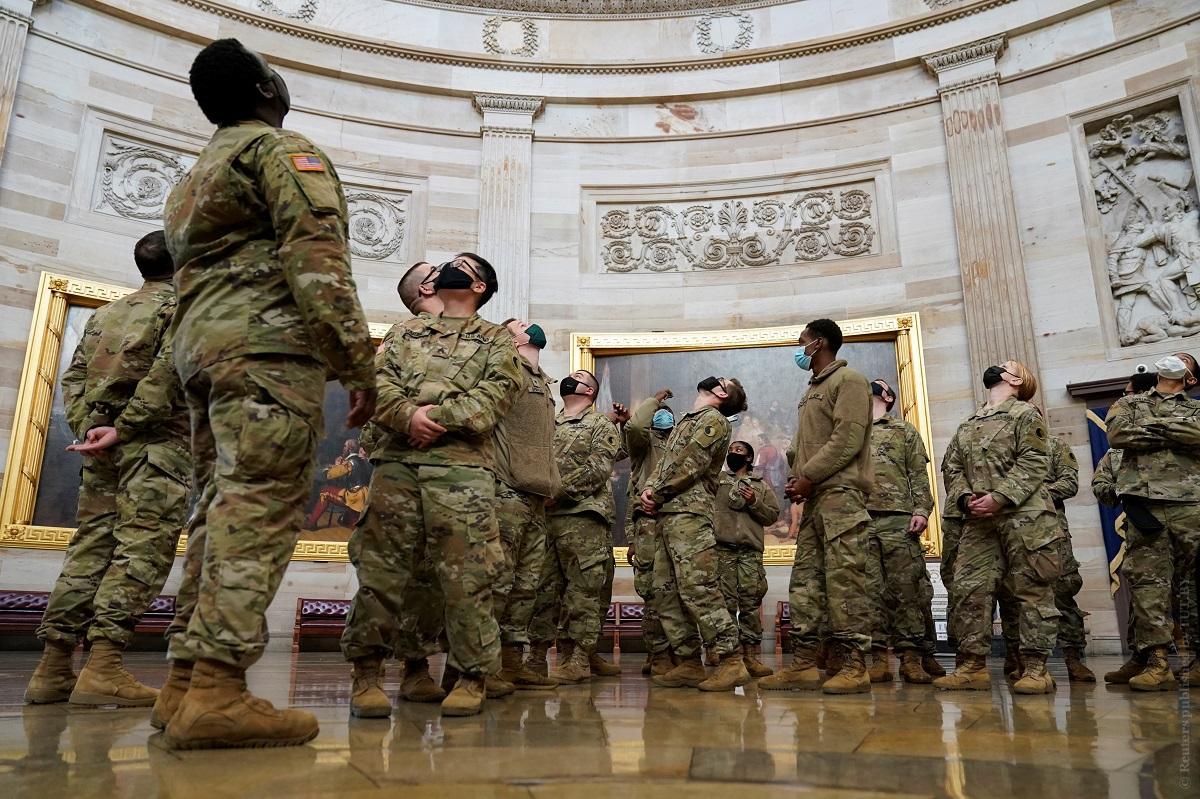 Не-менее-5-тысяч-солдат-Нацгвардии-США-останутся-в-Вашингтоне-до-середины-марта
