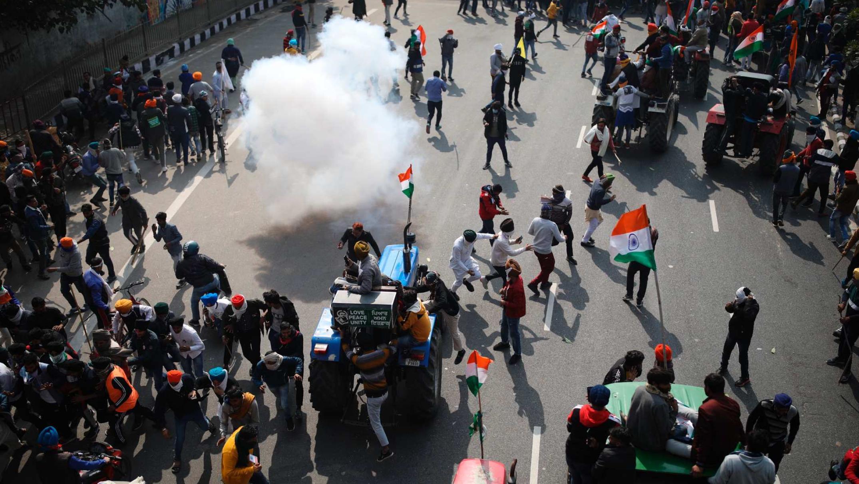 tractors-fill-streets-of-new-delhi-as-farmers'-protests-interrupt-republic-day-celebrations