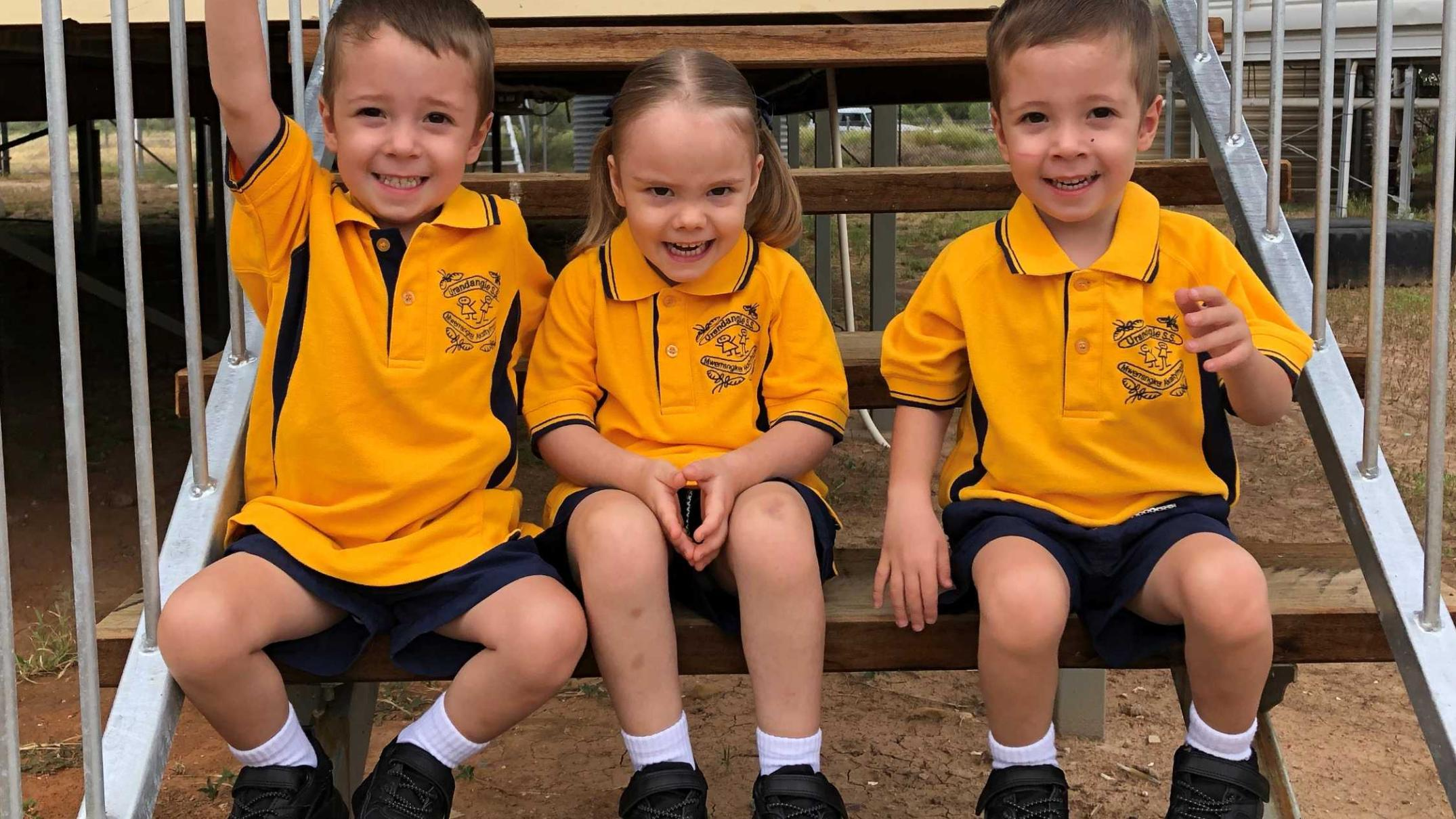 triplets-make-up-a-quarter-of-students-at-outback-school-—-and-the-principal-is-their-dad