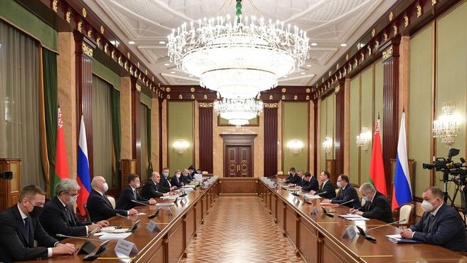 Мишустин:-Создается-совместное-производство-вакцины-против-коронавируса-на-территории-Беларуси