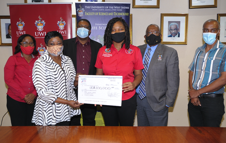 cibc-firstcaribbean-helps-out-challenor-centre