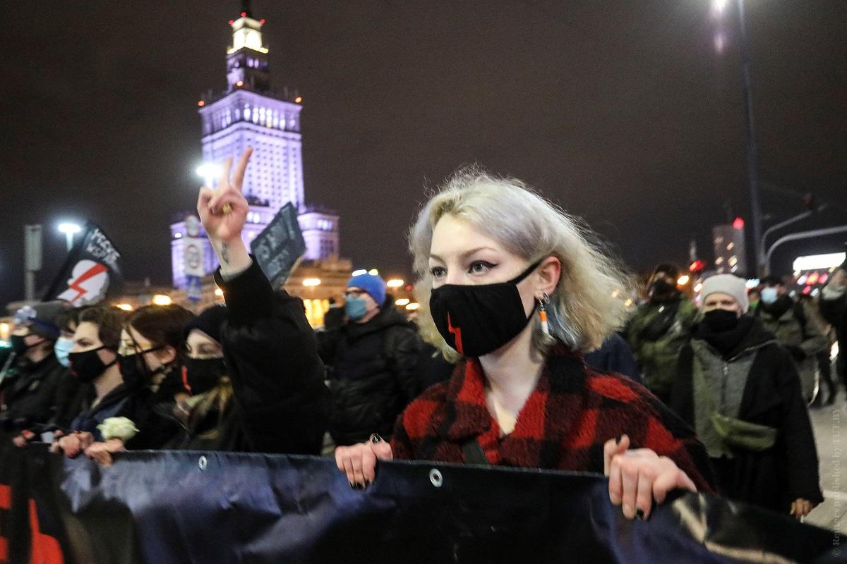 В-Польше-вновь-вспыхнули-протесты-против-запрета-абортов