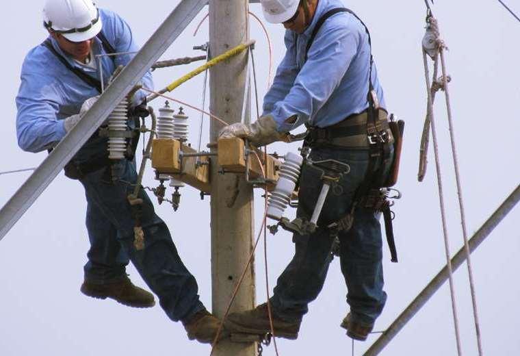 cortes-esporadicos-del-servicio-electrico-afectan-a-algunos-barrios-de-la-capital-crucena