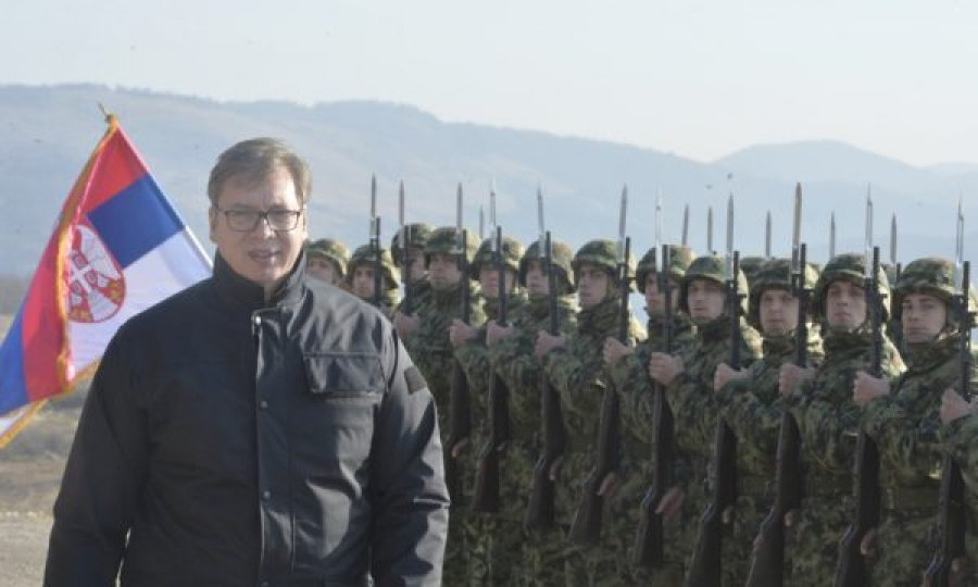 vuçiç-kërcënon-kosovën-me-luftë,-kërkon-mobilizimin-e-ushtrisë-për-problemet-rajonale