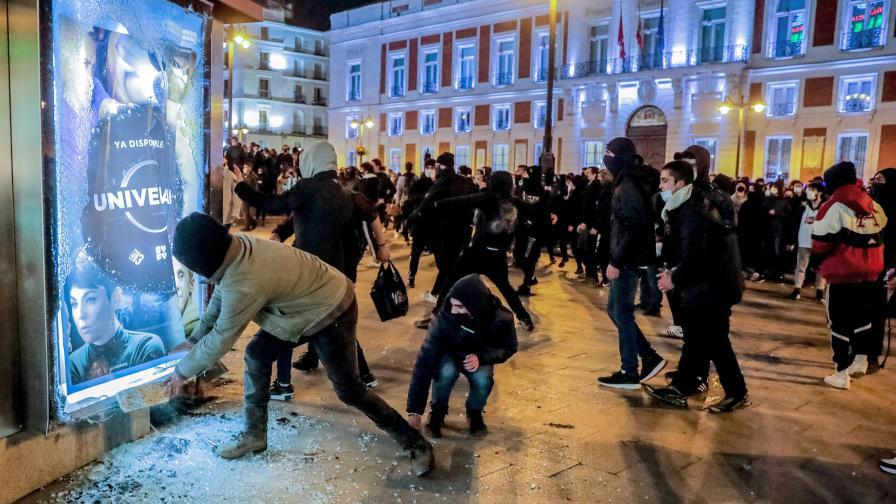 Бунтове-и-улично-насилие-в-Испания