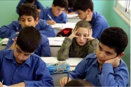 وزير-التربية-يعلن-عن-تحويل-مدارس-للتعليم-عن-بعد