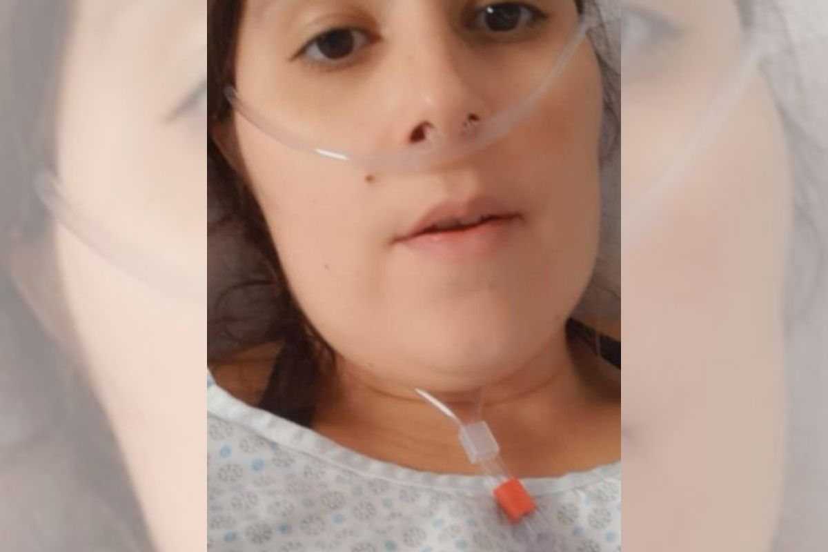 at-36,-a-woman-is-hospitalized-with-90%-of-the-lung-taken-by-covid-19