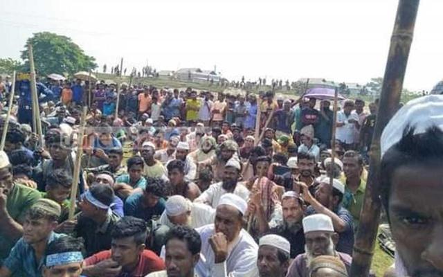 hifazat-men-attack,-loot-hindu-homes