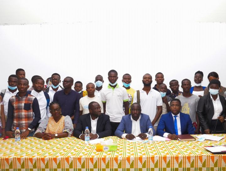 employability-of-students-in-ivory-coast:-around-a-hundred-students-trained-in-the-realities-of-business