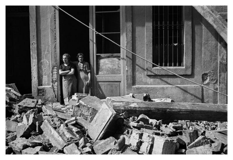 Семья-фотографа-нашла-спрятанные-снимки-гражданской-войны-в-Испании
