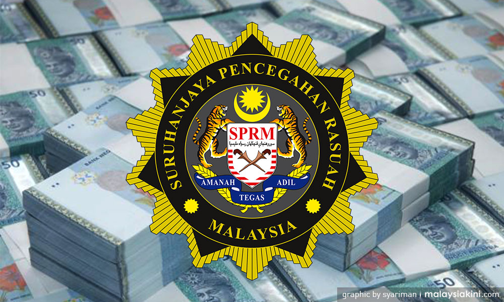 'datuk-seri'-charged-with-accepting-rm176k-bribe