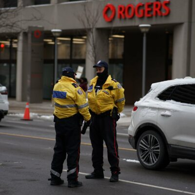 toronto-police-are-setting-up-new-teams-for-cracking-down-on-large-gatherings-in-the-city