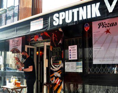 Бар «Спутник-v»-появился-в Париже