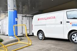 una-morgue-de-covid,-a-la-vista-de-los-pacientes-en-un-hospital-dominicano
