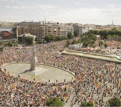 spain's-right-rallies-against-plan-to-pardon-catalan-separatists