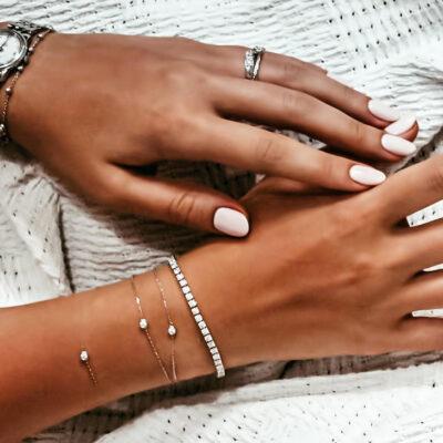 come-confezionare-in-poche-mosse-un-braccialetto-romantico-e-originale-componendo-un-messaggio-segreto-con-le-perline