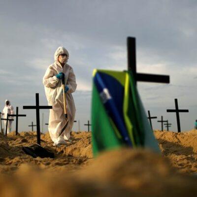 covid-19.-brasil-chega-a-490-mil-mortes-e-supera-17,5-milhoes-de-casos