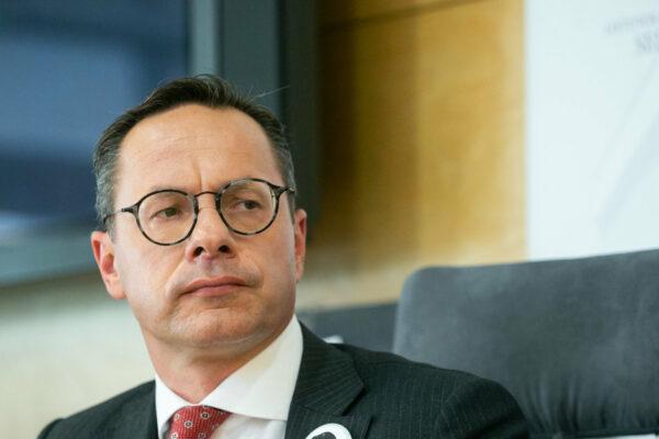 seimo-opozicija-skelbia-nepasitikejima-z.pavilioniu,-grasina-palikti-komiteta