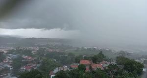 emiten-aviso-de-vigilancia-por-paso-de-onda-tropical-#6-en-panama