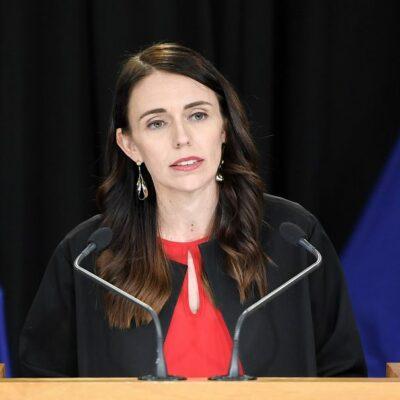 رئيسة-وزراء-نيوزيلندا-تتلقى-الجرعة-الأولى-من-لقاح-كورونا