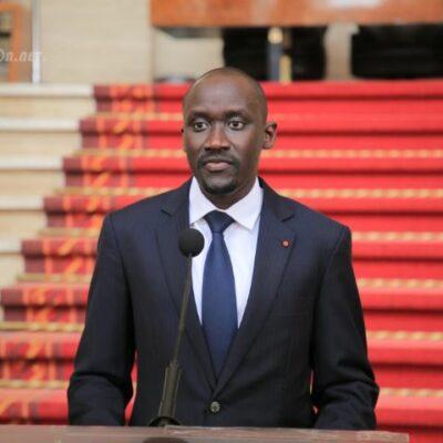 cote-d'ivoire-:-alassane-procede-a-la-nomination-des-gouverneurs-des-districts-nouvellement-crees-(communique)