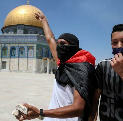 heurts-a-jerusalem-est:-10-palestiniens-arretes-par-la-police-israelienne