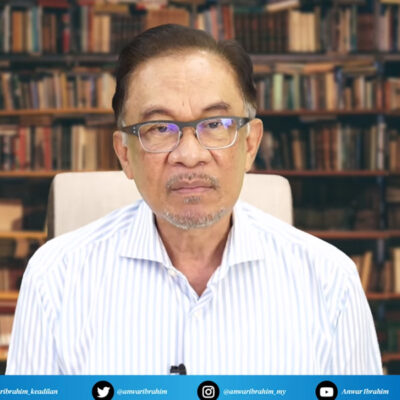 pkr-still-not-free-of-disloyal-and-corrupt-members-–-anwar