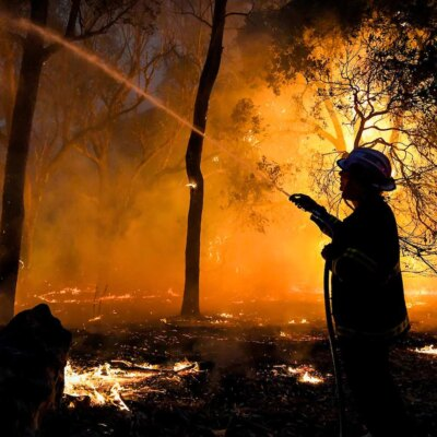 new-workplace-rules-spark-concern-for-wa's-regional-fire-fighting-volunteer-numbers