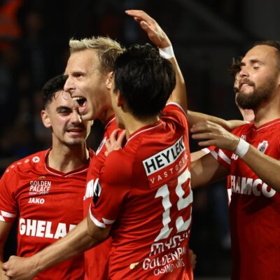 antwerp-whirls-again-for-its-own-audience-and-convincingly-beats-genk