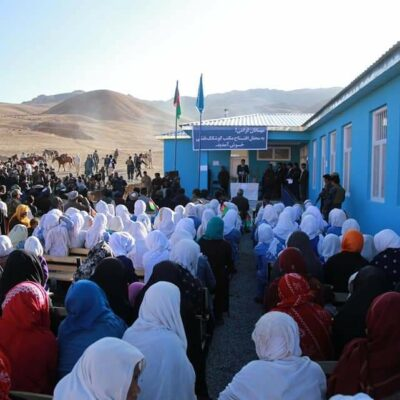 girls'-schools-reopen-in-bamiyan,-but-boys-are-absent