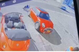 الشرطة-توضح-حول-سرقة-مركبة-أمام-محل-تجاري