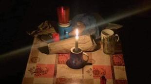 رفقة-ابنيها.أرملة-تعيش-في-غرفة-مظلمة-وبدون-«طْواليط »-وسط-مدينة-الدشيرة-الجهادية-(صور)