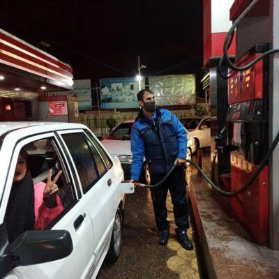 روند-سوختگیری-در-برخی-از-جایگاههای-پمپ-بنزین-در-بندرانزلی